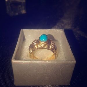 21k gold ring with blue stone